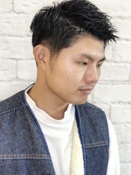髪型 くせ毛 50 代 男性