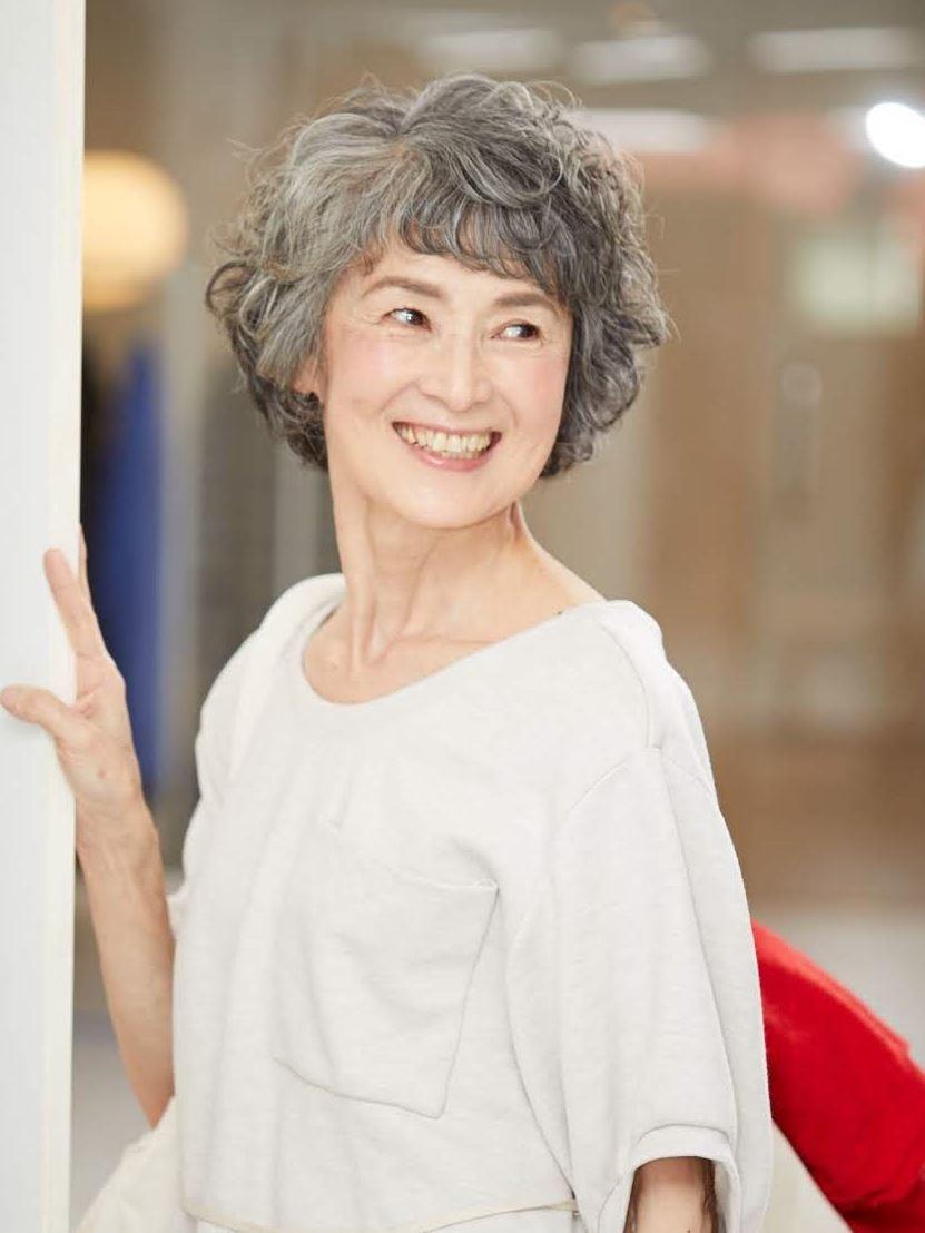 代 髪型 60